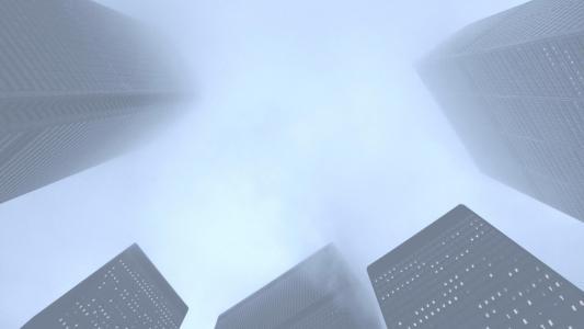 摩天大楼在雾壁纸