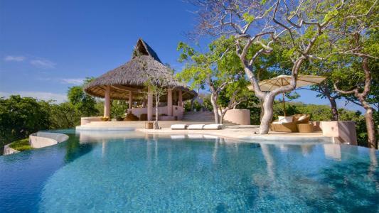 豪华度假村游泳池高清壁纸