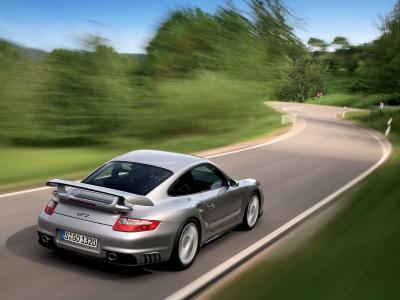 保时捷911 GT2壁纸