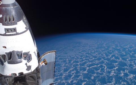 航天飞机壁纸