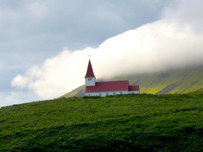 冰岛风景教堂壁纸