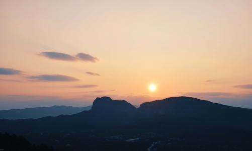 唯美迷人的夕阳西下风光
