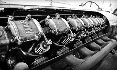 老宝马引擎壁纸