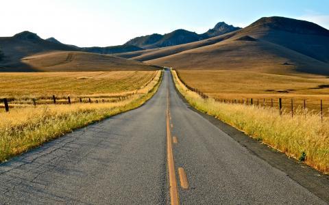 通往秋天的道路