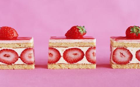草莓蛋糕壁纸