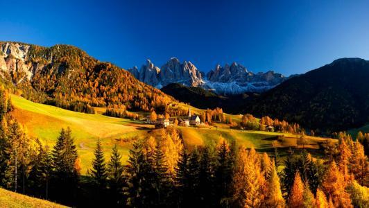 秋天的山风景壁纸