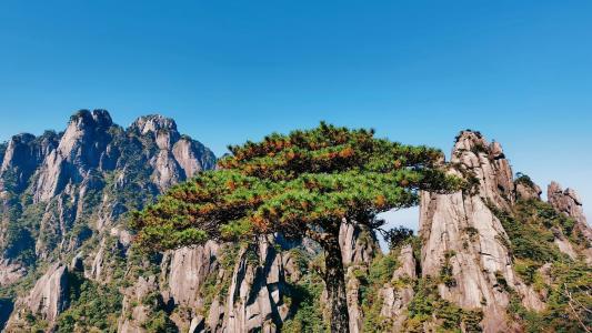 三清山峻峭迷人景色