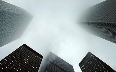 雾在城市壁纸