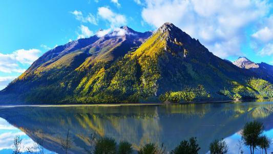 山光水色的自然风景