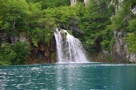 秀丽优美的瀑布美景