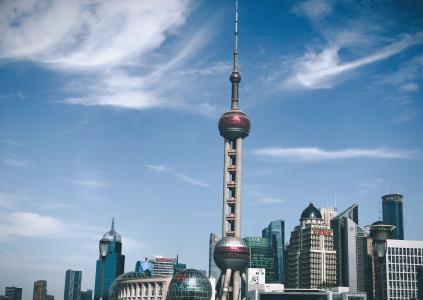 优美壮观的上海东方明珠塔
