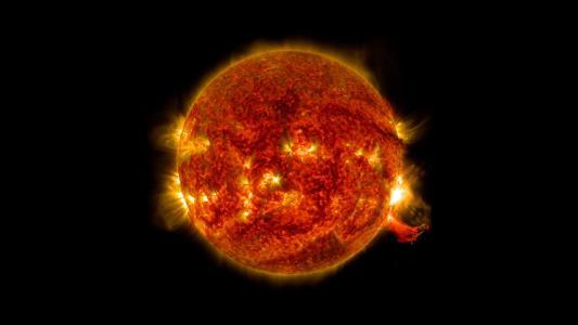 太阳耀斑高清壁纸