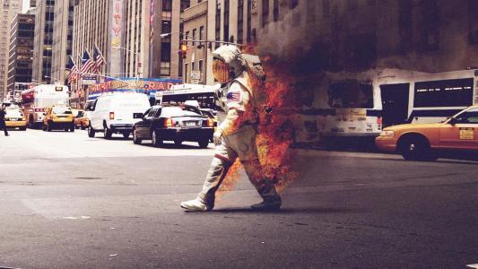 燃烧的宇航员高清壁纸