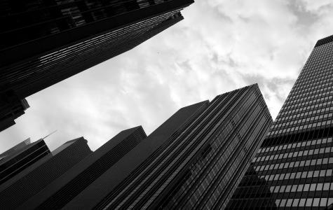 黑色白色摩天大楼壁纸