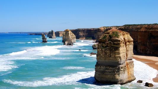 岩石海滩编队高清壁纸