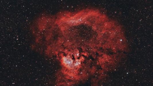太空中的红色星云