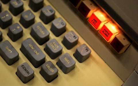 旧键盘壁纸